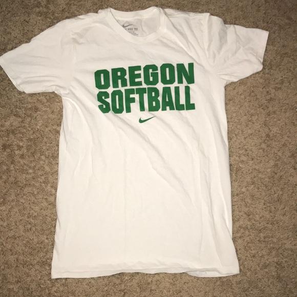 the latest 2d484 1ac84 Nike Oregon Ducks Softball t shirt